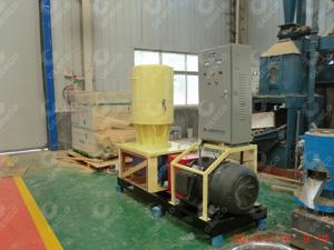 工厂中的木屑颗粒机550型